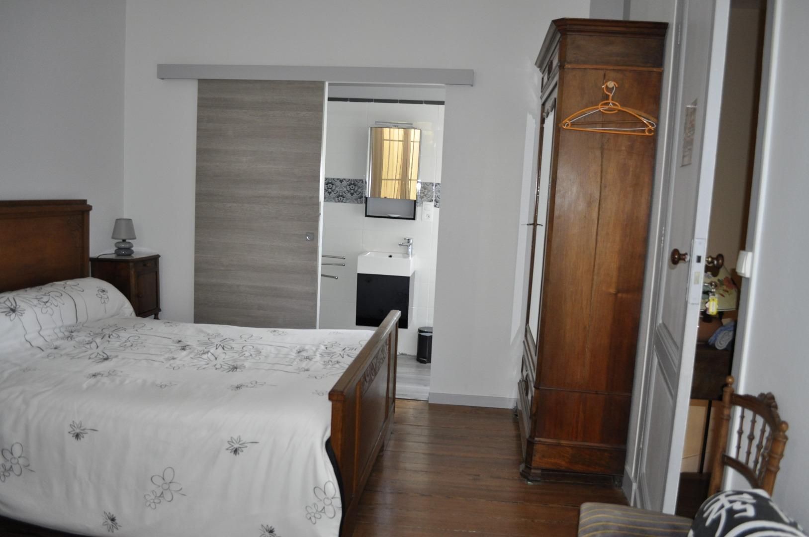Chambre d'hôte spacieuse près de Bordeaux