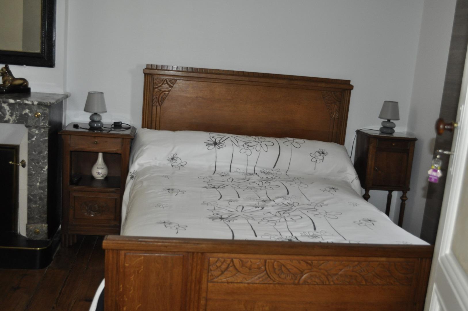 Chambre d'hôte avec grand lit à Ludon-Médoc