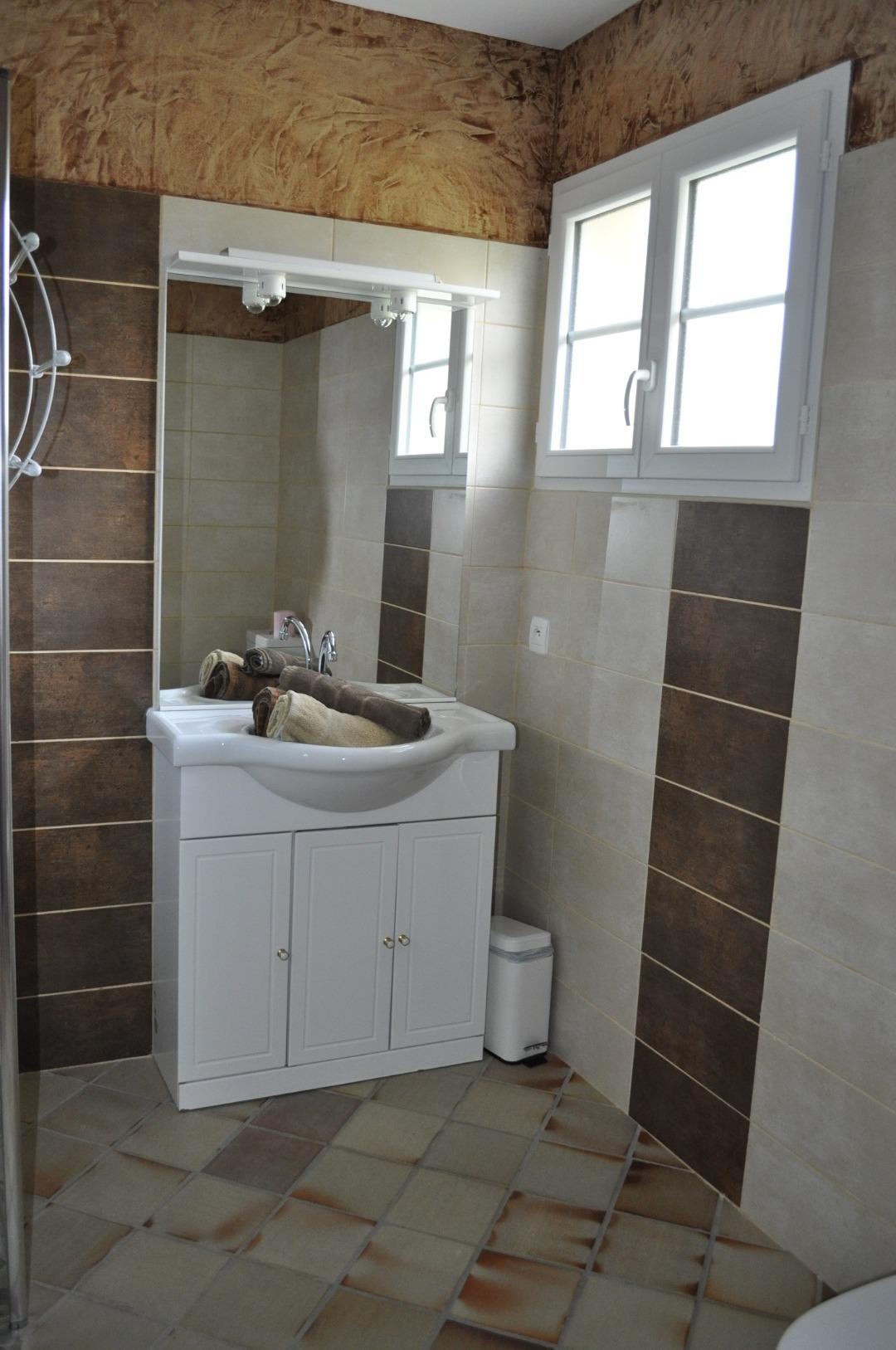 Chambre d'hôte avec salle de bain privée à côté de Bordeaux