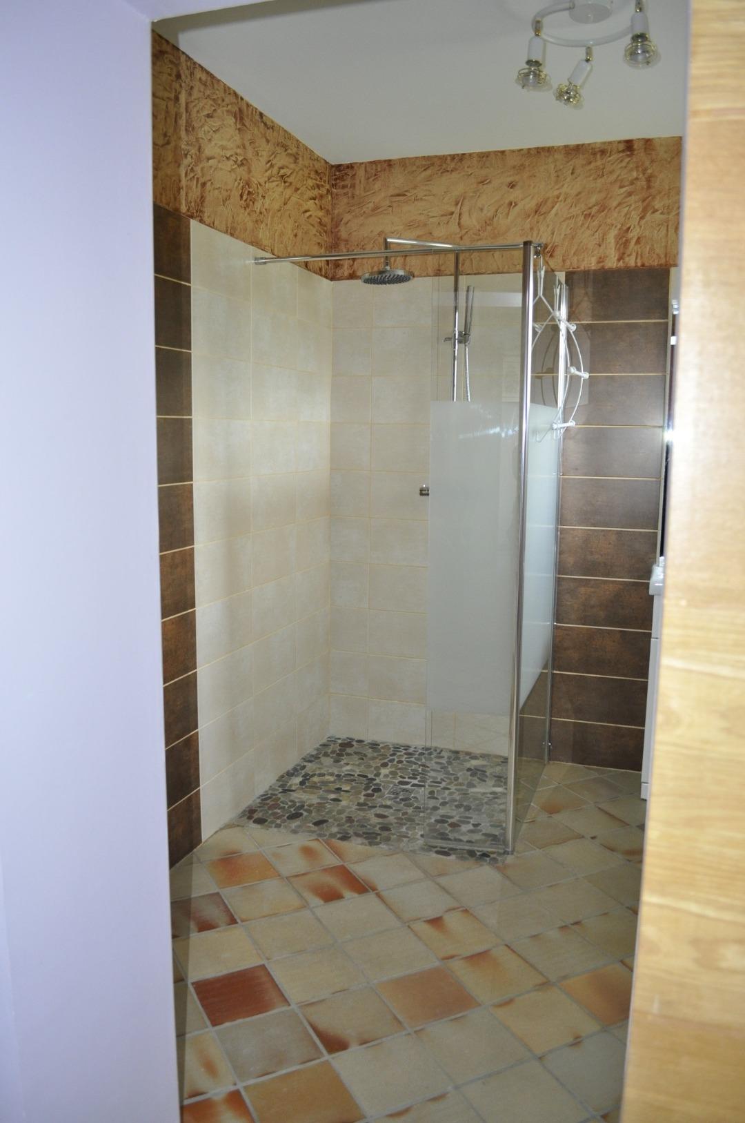 Chambre d'hôte avec salle de bain privée dans le Médoc